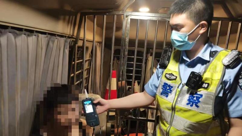 """昌平""""端午""""假期交通平稳,32辆车违法占用""""三道""""被罚"""
