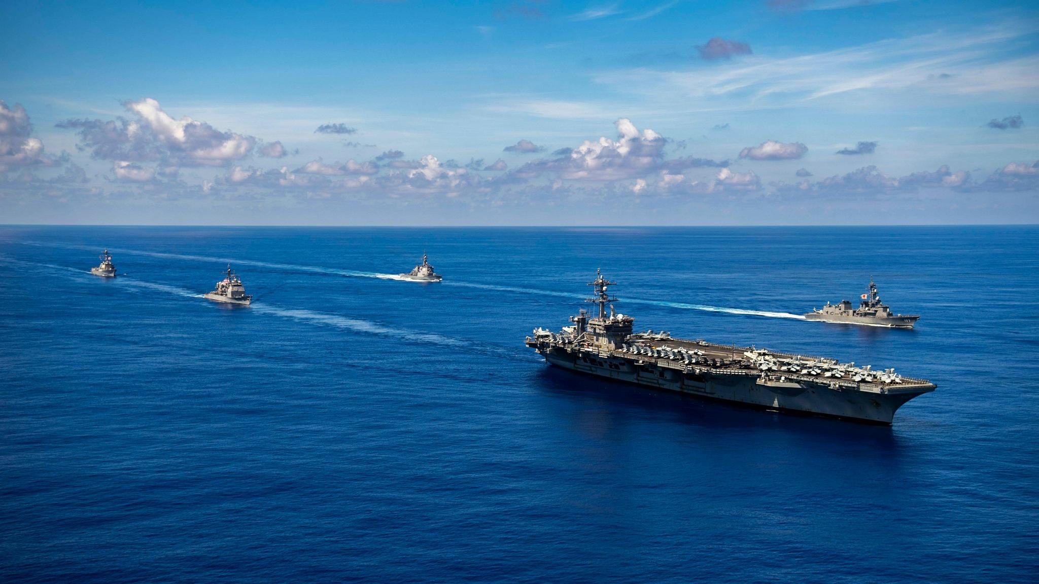 """一觉醒来,美军航母再入南海!""""中国统一""""突然响起,直指台当局"""