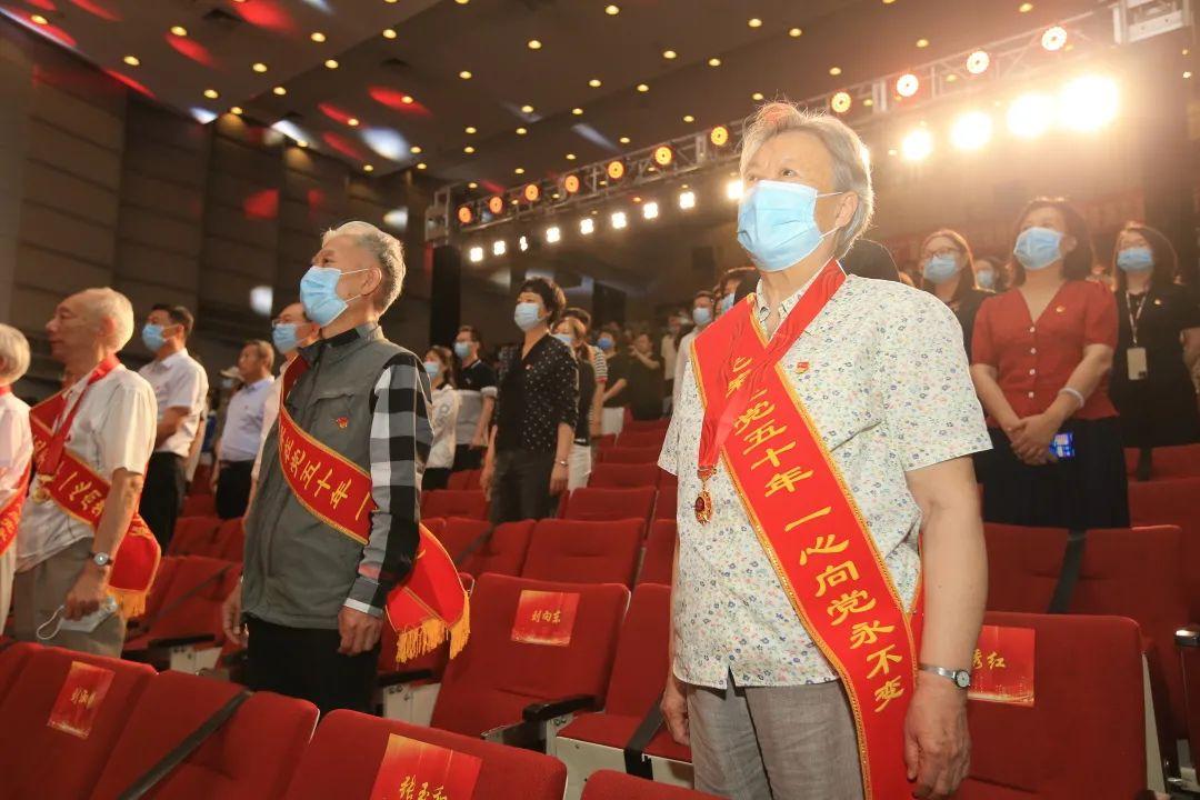 亚运村街道举办庆祝建党100周年暨冬奥志愿服务行动推进大会