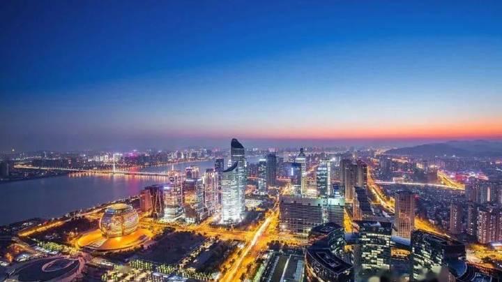 CMF报告:中国宏观经济在全球主要经济体中率先开启常态化进程