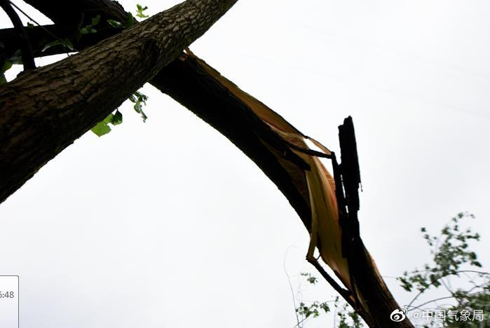 贵阳宣布冰雹橙色预警。开阳县有14级风。冰雹橙色预警严重吗