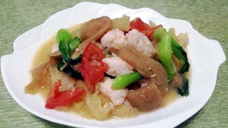 时令菜│竹荪虾滑烩鱼肚+西芹白果炒百合