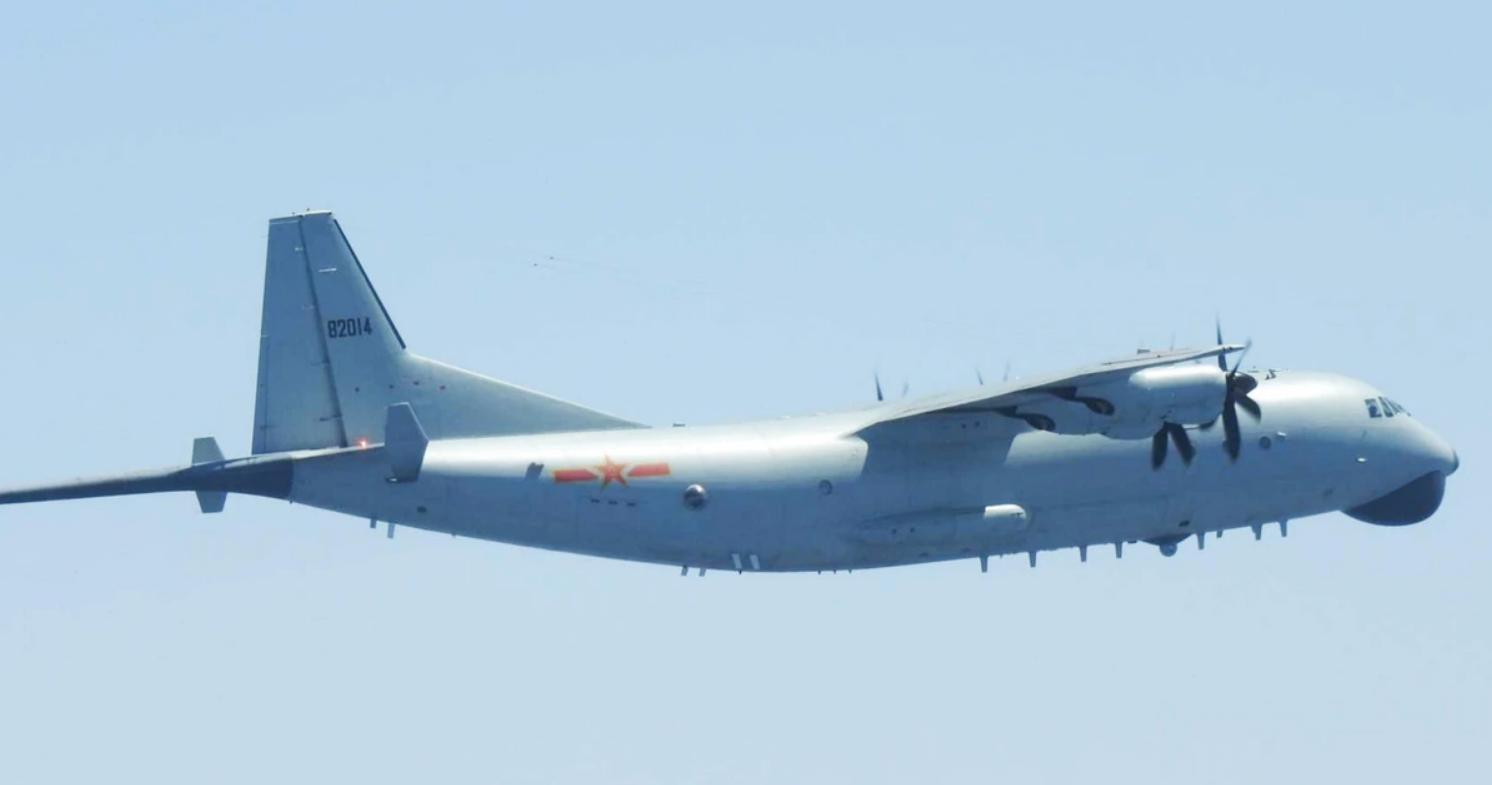 美媒:为何轰-6飞越巴士海峡时有战机陪同?冲突时这里或爆发大战