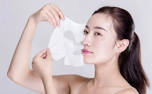 炎炎夏日,这才是最好用的面膜打开方式??希芸肌初焕颜紧致面膜