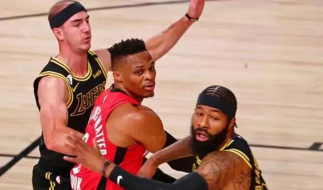 戴维斯34分10篮板4助攻,朗多10分9助攻5抢断,莫里斯16分5篮板,库兹马13分6篮板。