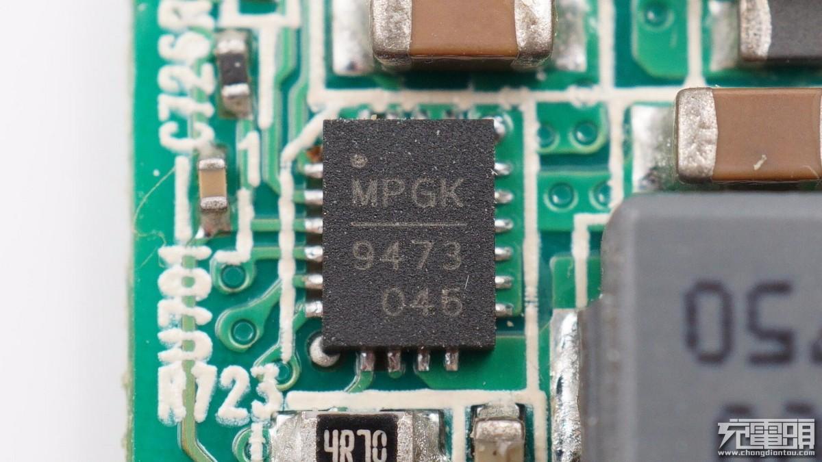 次级干扰芯片_拆解报告:DELL戴尔笔记本130W USB PD快充充电器HA130PM170__财经头条