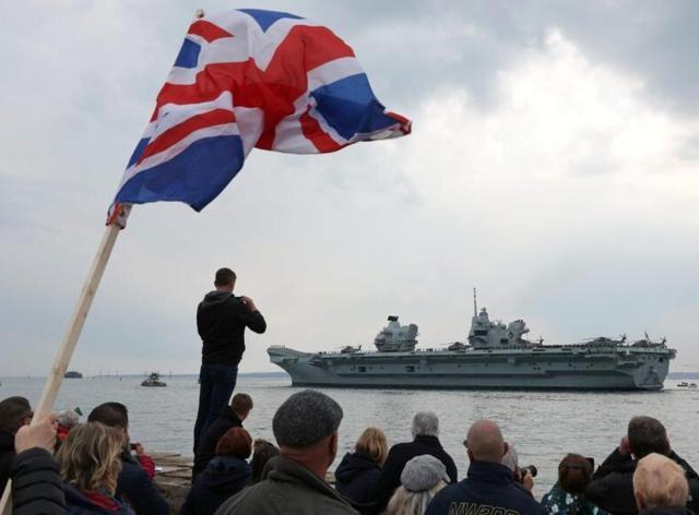 英航母还没走,解放军将在南海实弹射击,来就炸!美防长态度异常