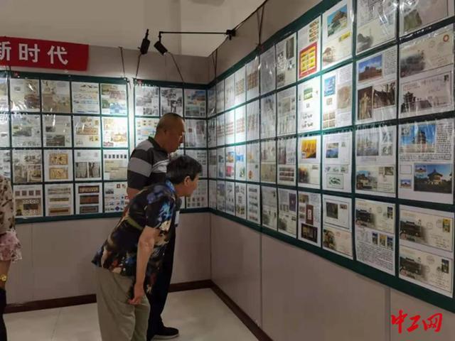 内蒙古丰镇市总工会举办全市职工书画摄影集邮展活动