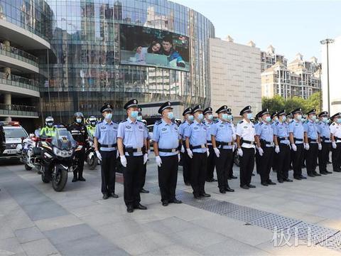 武汉青山:中秋巡控启动首日,全区治安平安有序