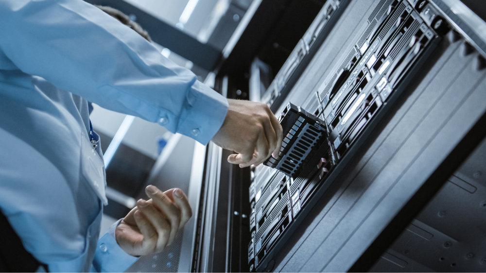 预估第三季旺季需求将带动Server DRAM涨幅达5~10%