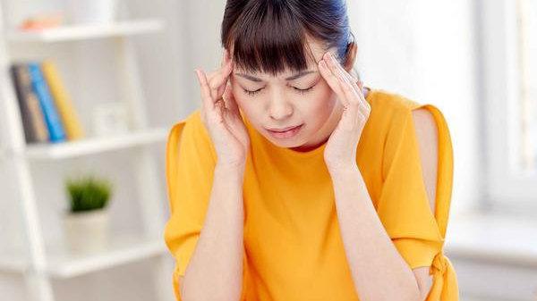 经常头晕头痛的人,慢性病患者,可定期做颈动脉彩超检查