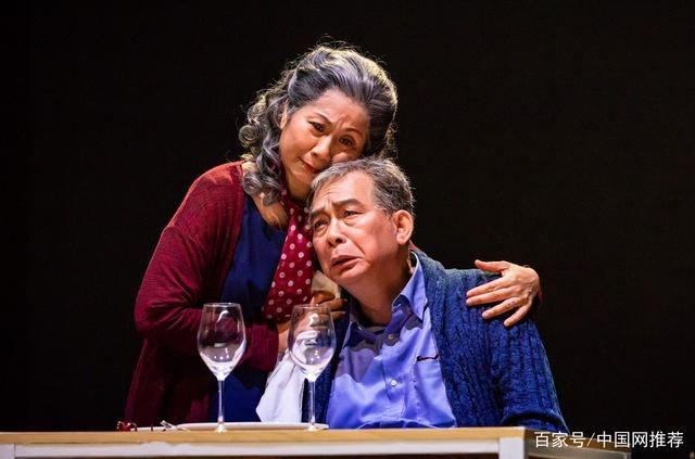 香港资深话剧演员雷思兰因肺癌去世,将大半生都奉献给了舞台