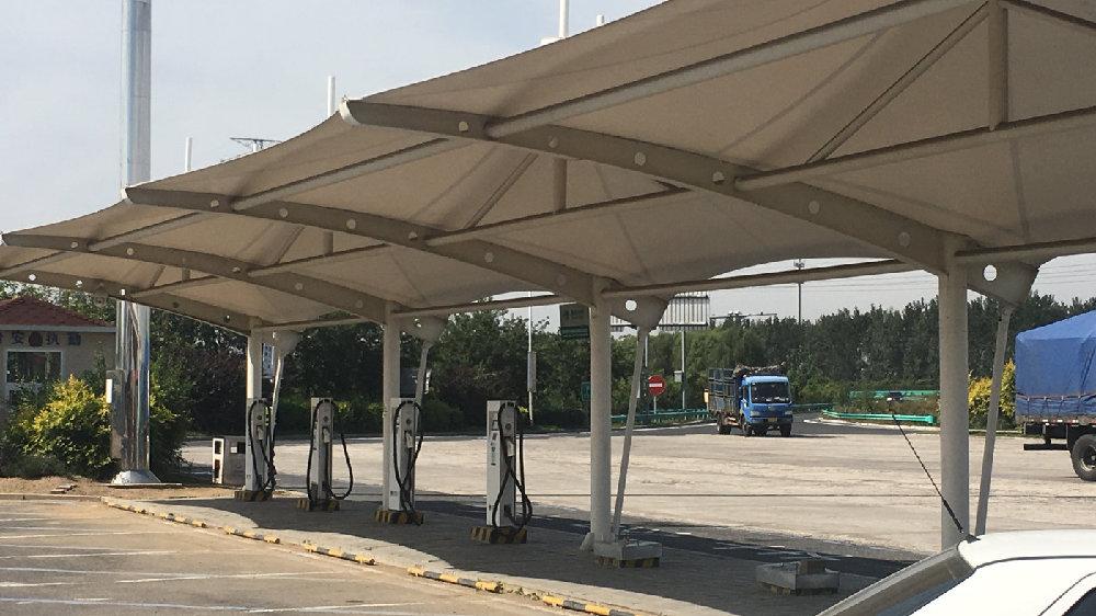 新能源汽车车主再遇难题,物业为何不让安装充电桩?