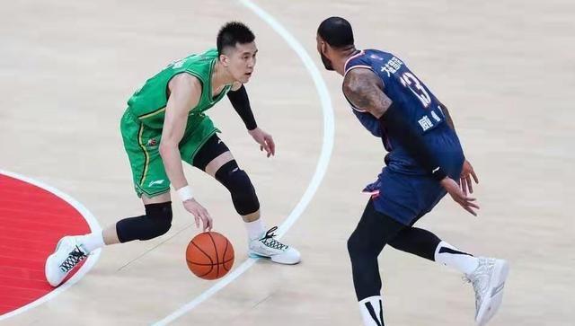 郭艾伦质疑MVP评选规则,杜锋最佳教练无悬念,张镇麟冲最佳星锐