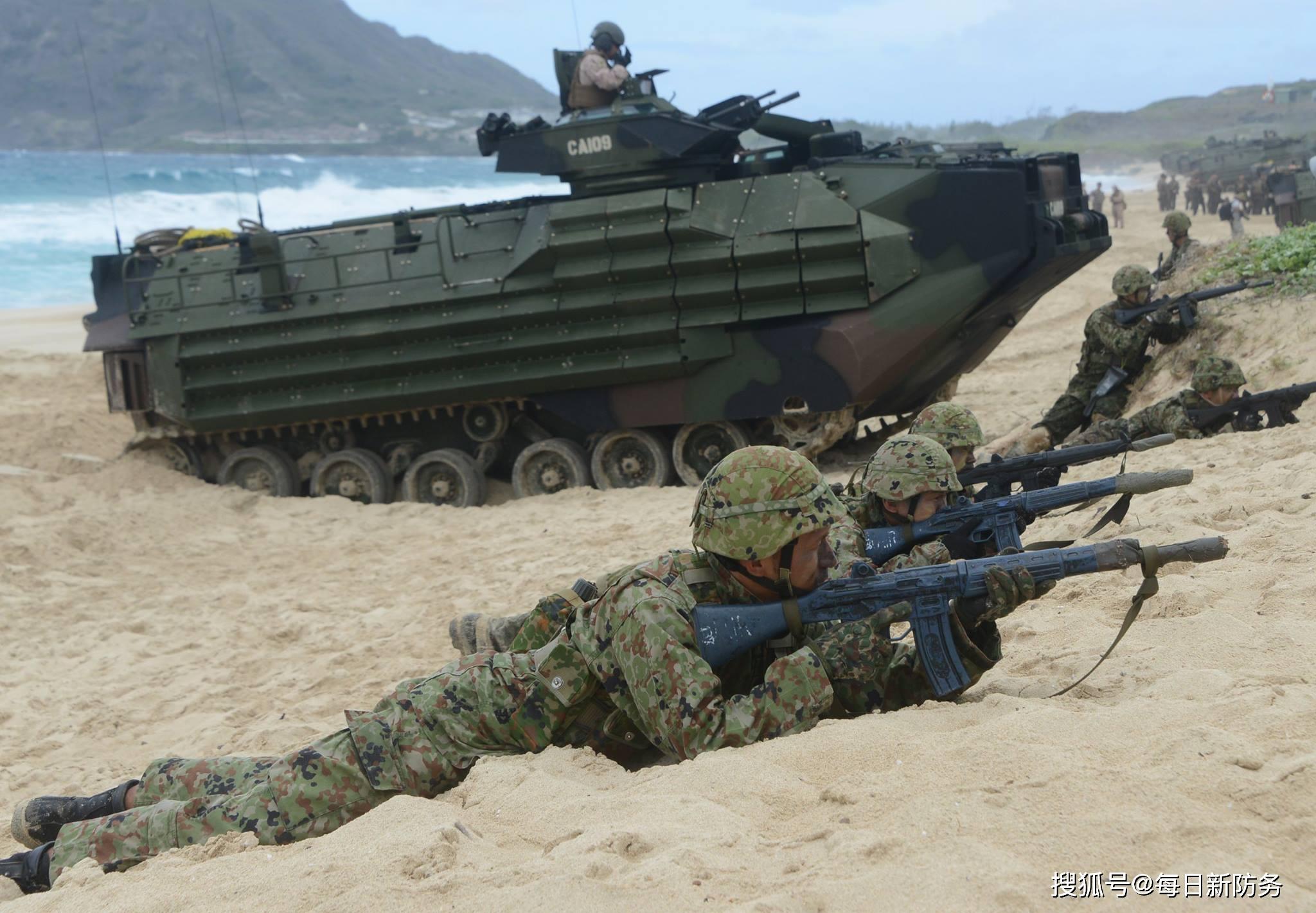 """为防解放军""""夺岛"""",日本自卫队大搞""""作秀"""",真正目的是什么?"""