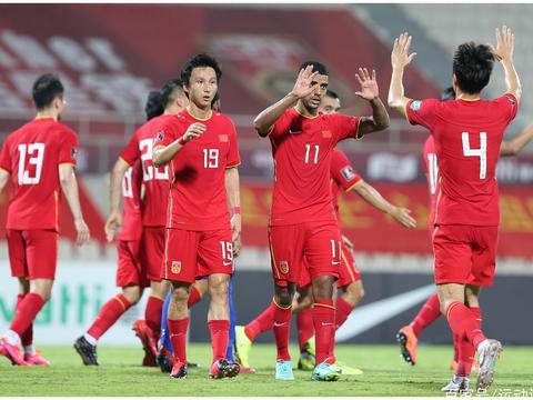 2022 世预赛国足5:0击败马尔代夫,如何评价本场比赛国足的表现?