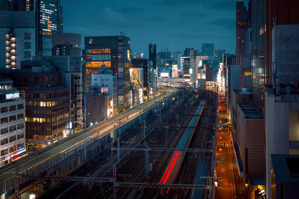 摄影师Cody Ellingham镜头下科幻的东京夜