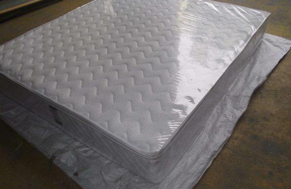卧室床垫的塑料膜到底要不要撕?好多人都做错了