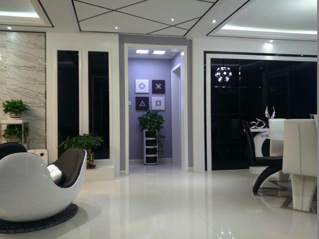 家里装修采用黑白两色,不仅简洁大气还时尚潮流