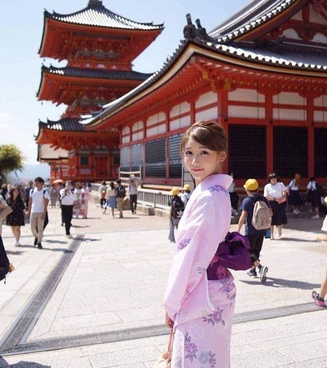 TVB小花因长相甜美被网友封为仙气女神 今拍摄新剧引网友期待