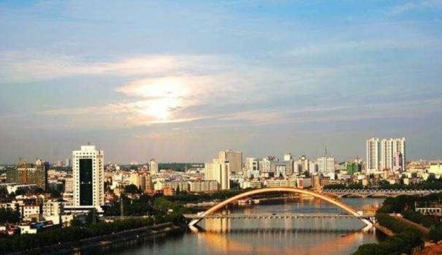 那些不可错过的旅游风光,与你共赏河南四个适宜居住的城市