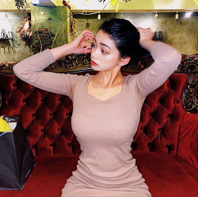 巴日混血18岁嫩妹《Mayuri》,西方辣体简直世界级完美!-新图包