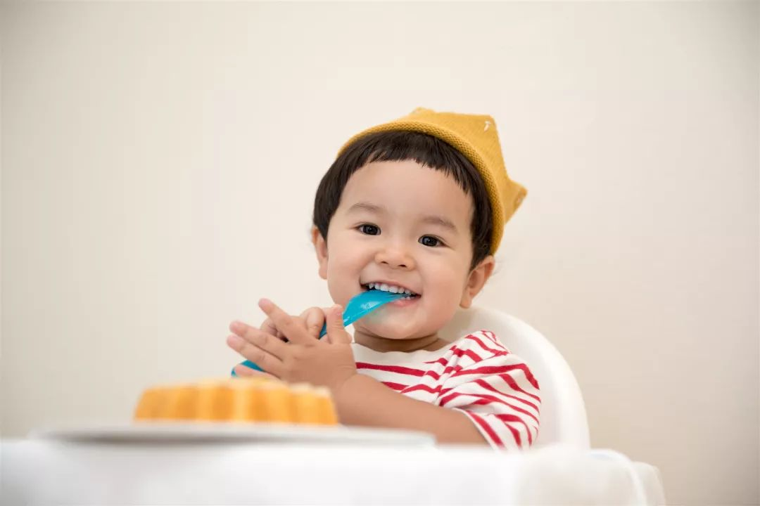 宝宝辅食多大才可以添加?家人反对,宝妈们应该怎样说服更有力?