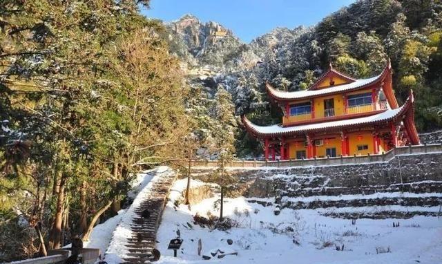 传说地藏王菩萨的道场,神秘莫测的九华山,究竟凭什么吸引游客