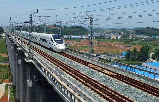 河南又在规划一条高速铁路:时速350公里,沿途的9个地方幸运了
