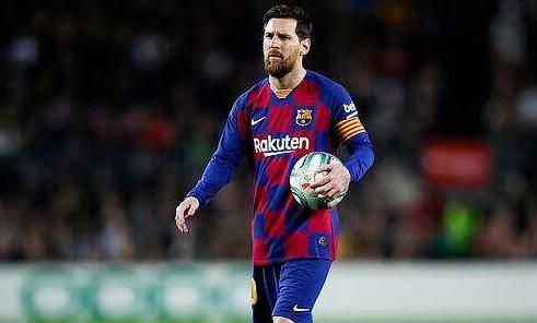西班牙鐵腰盛贊梅西:C羅很優秀,但我認為梅西才是最棒的