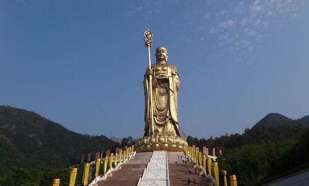 中国修建最高的地藏菩萨像,高99米耗资16亿,就在九华山!