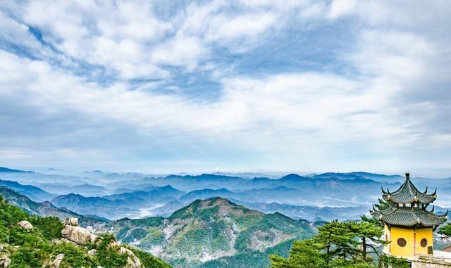 """安徽九华山大愿文化园,占地2800多亩的""""佛教王国"""""""