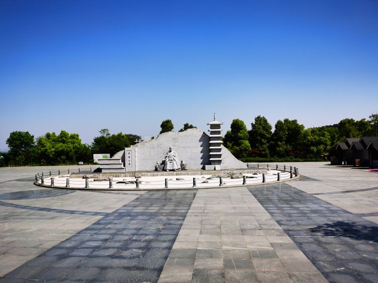 """安徽有资格升5A的景点,有""""庐阳第一名山"""" 之称,曾叫北九华山"""