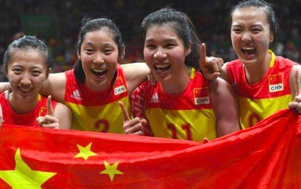 朱婷张常宁华丽亮相,再为中国女排争光添彩,世界冠军6个字表白
