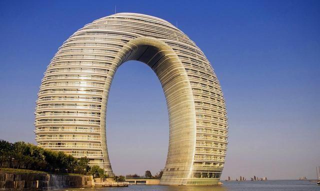 浙江最可惜城市,周边都是GDP破万亿城市,自己却还是默默无闻