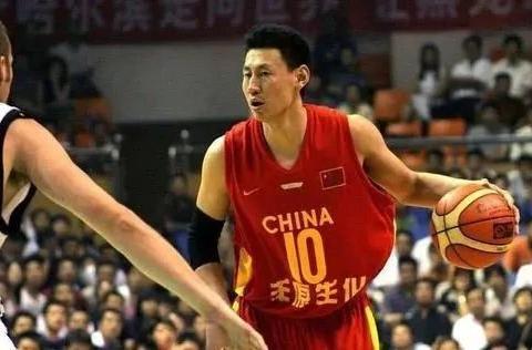 中国篮球球员为什么现在投篮越来越禁绝?