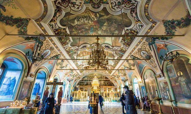 俄羅斯最古老的修道院之一,車程只要1.5h,帶動了小鎮旅游發展