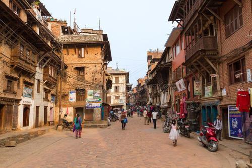 揭秘尼泊爾人私生活,為何他們喜歡睡大街?原來是這些原因