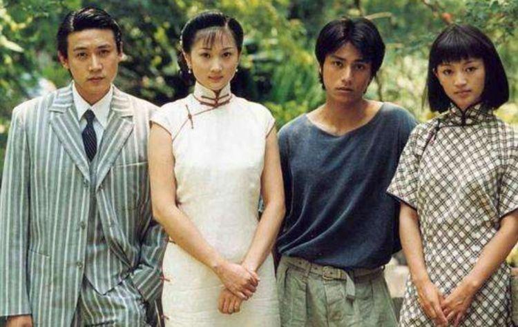 父親開車母親工人,陸毅陳坤深愛的女人,37歲嫁丑男管半個娛樂圈
