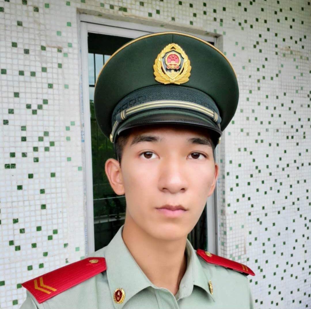 北京驴友结伴爬山一死一伤 救援人员连夜搜山