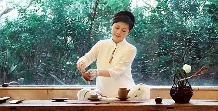 《【万和城在线平台】茶与资本新常态:有企业想挂牌A股,有企业想从新三板摘牌》