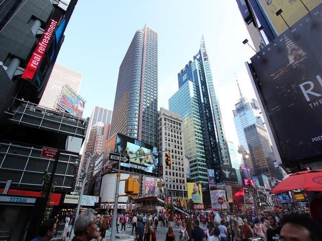 世界总gdp_美国GDP暴跌32.9%,餐饮业遭遇世界经济总体下滑