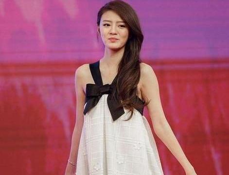 吴佳妮不顾家人反对,嫁给大自己21岁的影帝,最终没有好结果