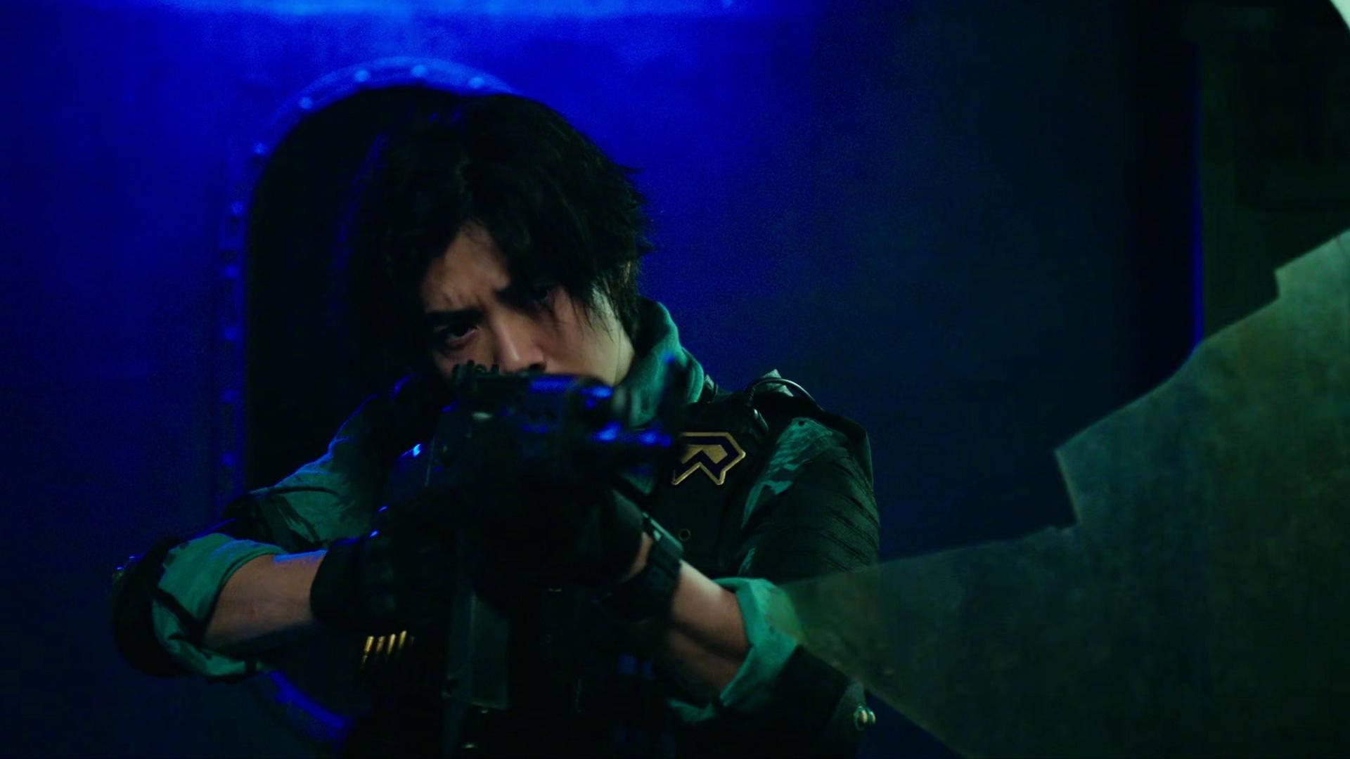《上海堡垒》被骂惨,为何《穿越火线》观众却对鹿晗真香了?
