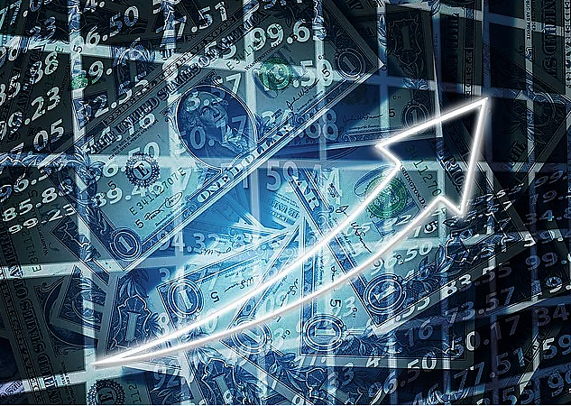 《【万和城平台网】到底是自己买股票赚钱,还是选择股票型基金更赚钱?》