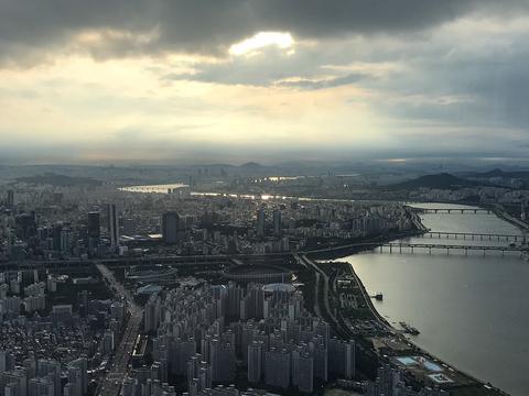《【杏耀平台最大总代】韩拟对买房不住的人加征20%购置税?韩国调控房价到底能多拼?》