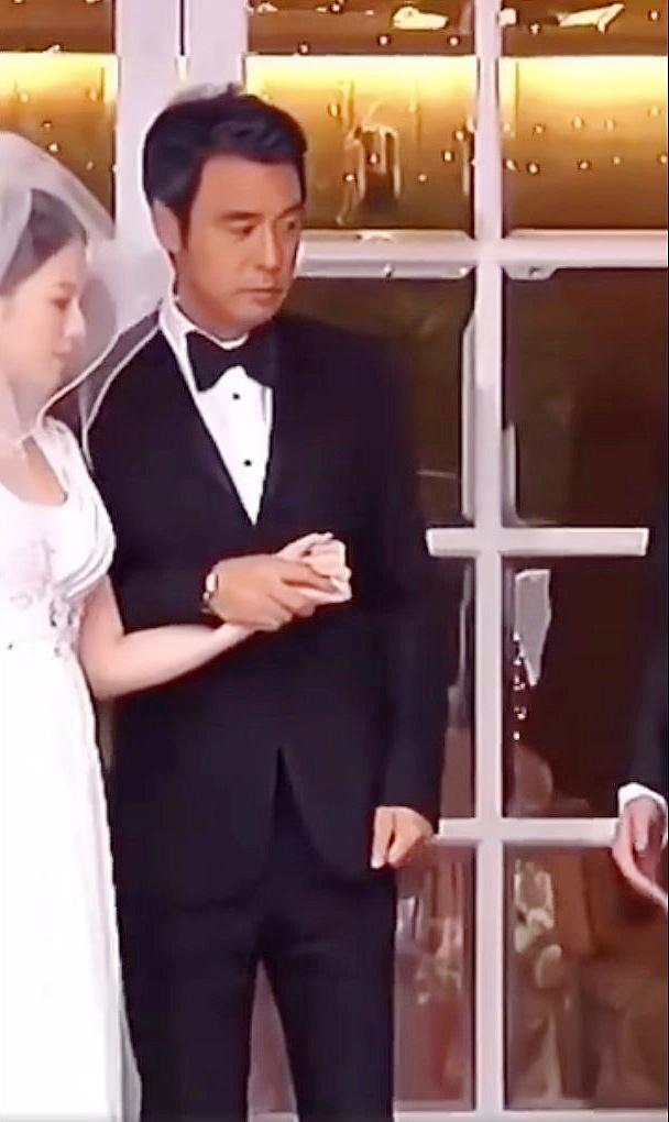 67岁的香港男星钟镇涛大女儿出嫁?这场乌龙是怎么闹出来的