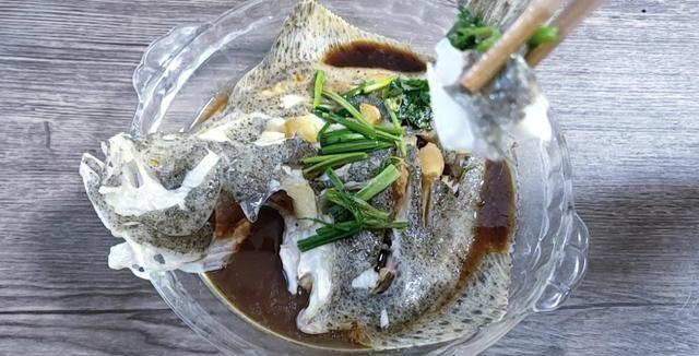 这鱼浑身是宝贝,比甲鱼营养高,因为长得丑10元一斤没人买!