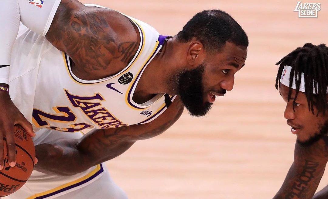 NBA季后赛一场焦点战落幕,湖人队112-102击败对手