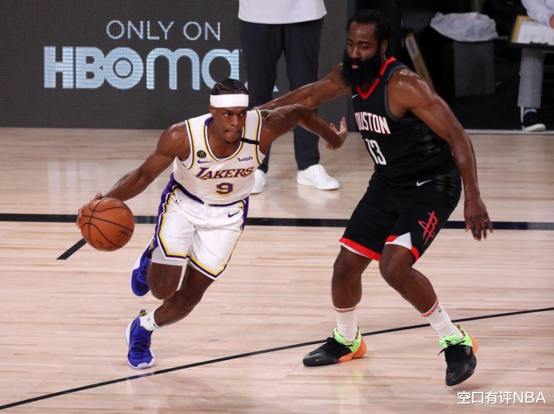 """他迈过""""J博士""""欧文,上升到NBA季后赛历史盖帽榜的第12位"""